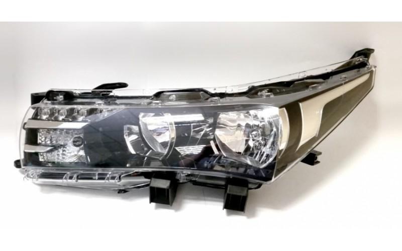 Фара левая Toyota Corolla E180 13-