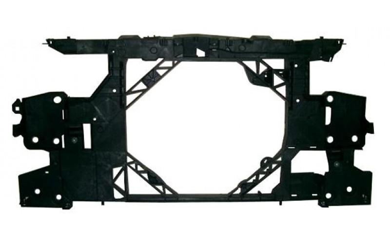 Панель передняя Renault Fluence 10-/Megane III 08-