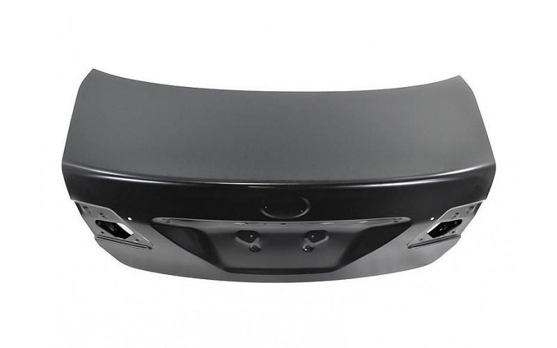 Крышка багажника Toyota Corolla 10-