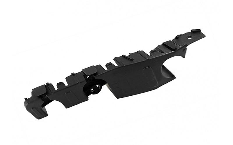 Кронштейн переднего бампера правый Chevrolet Aveo T300 11-