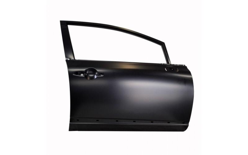 Дверь передняя правая Honda Civic 06-12 SDN