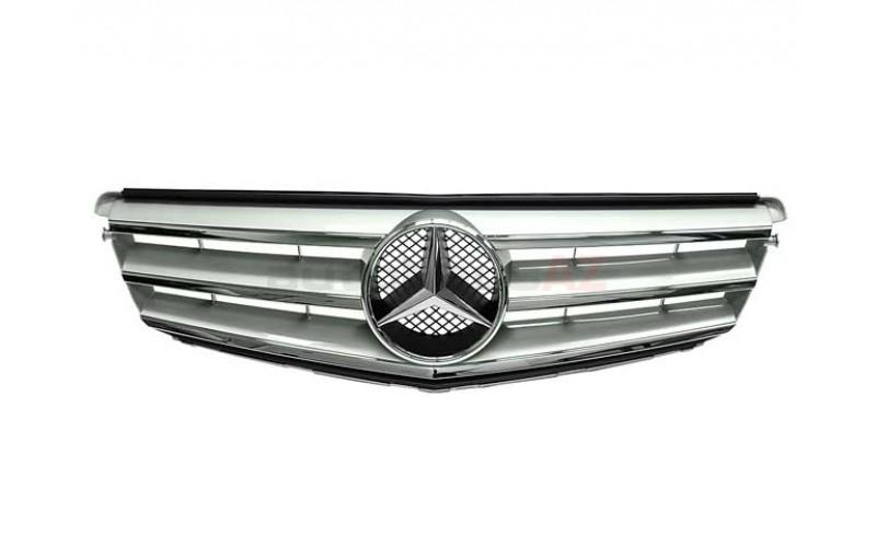 Решетка радиатора Mercedes W204 07- Avantgard