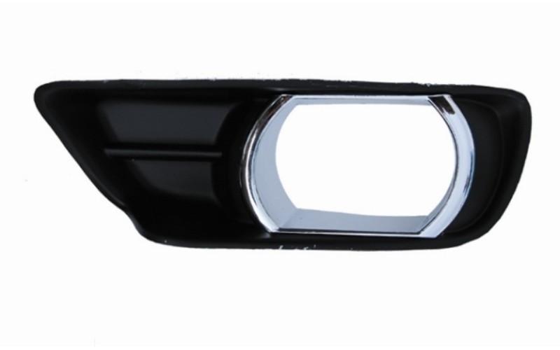Оправа туманки левая Toyota Camry V40 06-09