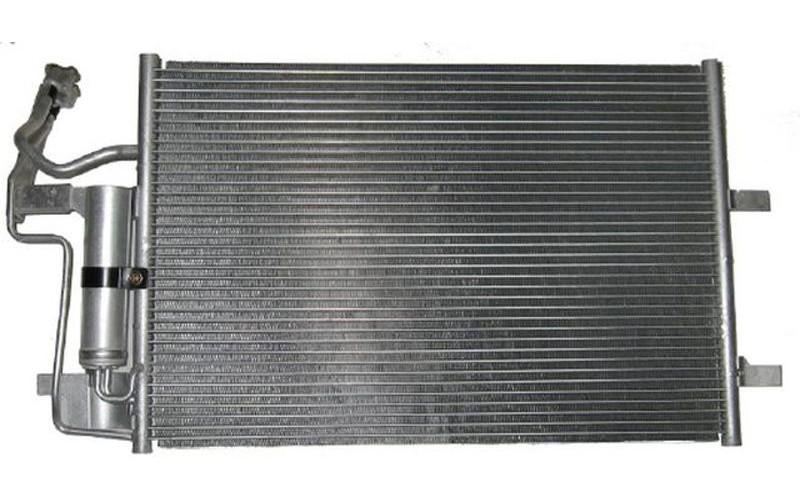 Радиатор СКВ Mazda 3 04-09