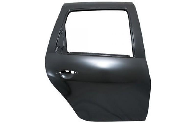 Дверь задняя правая Renault Duster 10-