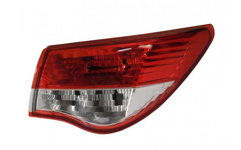 Фонарь правый внешний Nissan Almera G15 13-