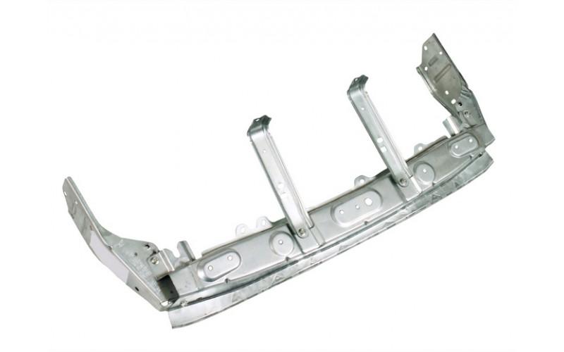 Усилитель переднего бампера верхний Mitsubishi Outlander XL 13-15