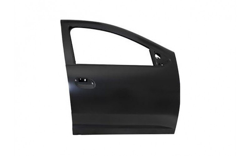 Дверь передняя правая Renault Duster 10-/Sandero Stepway 08-