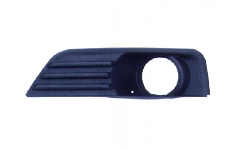 Оправа туманки левая Ford Focus II 05-08