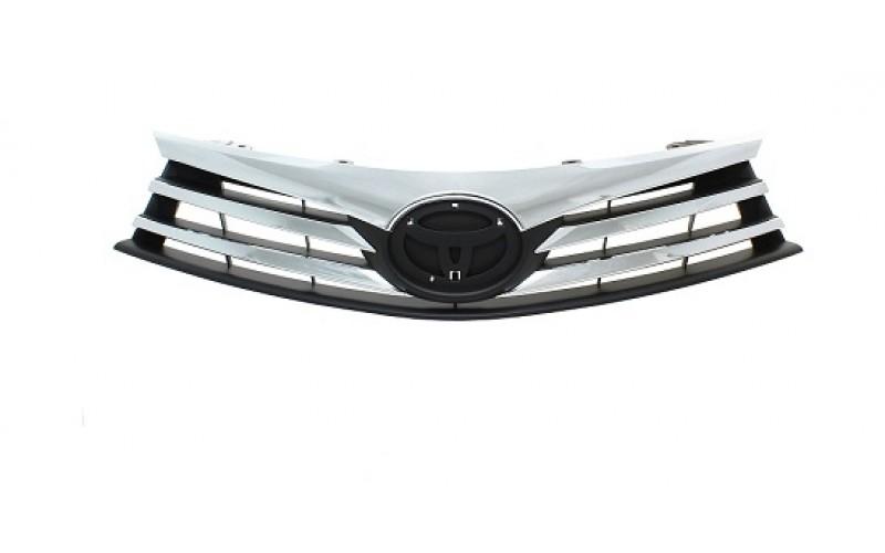 Решетка радиатора Toyota Corolla E180 13-